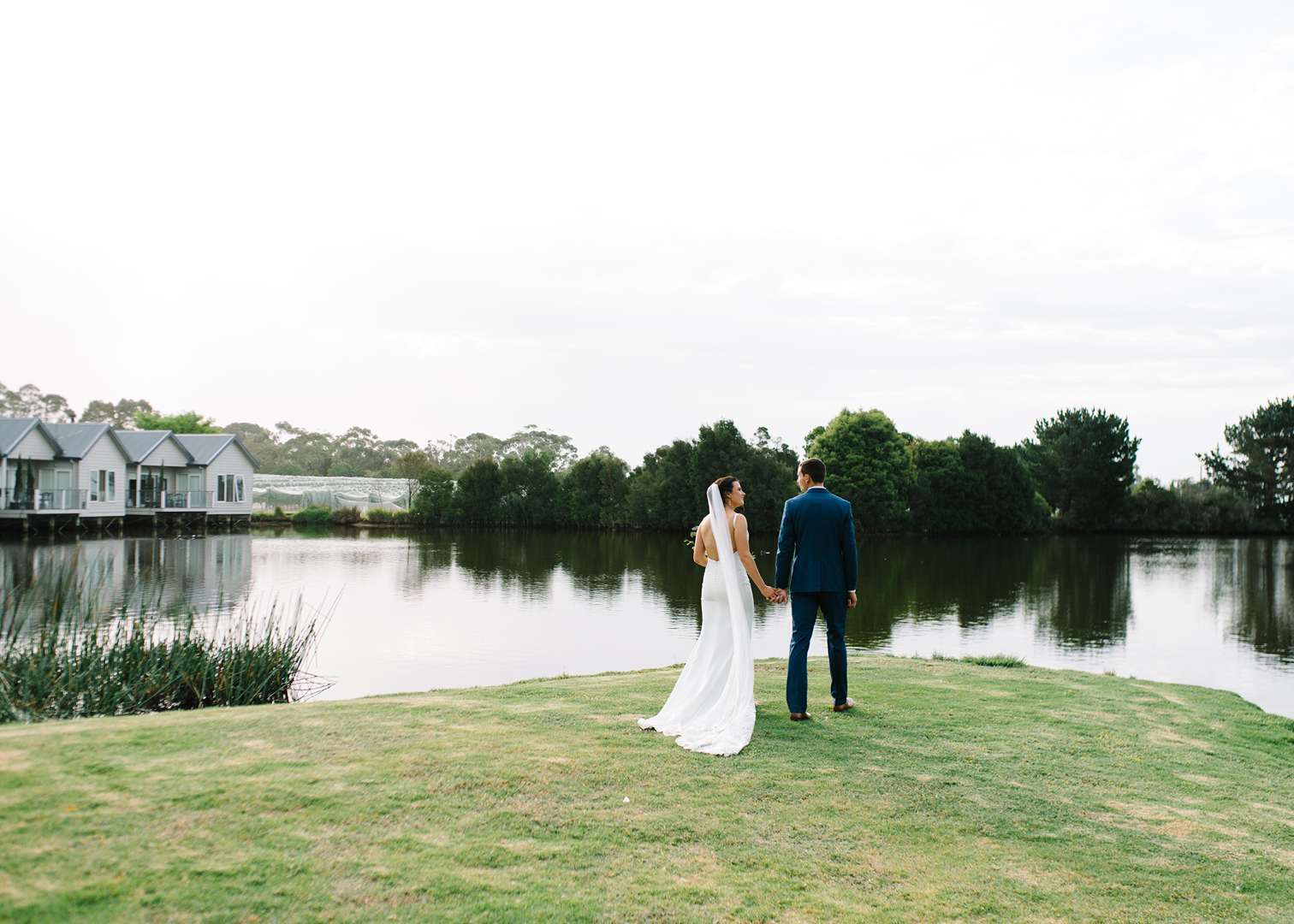 Wedding at Stillwater at Crittenden photography by Michelle Pragt